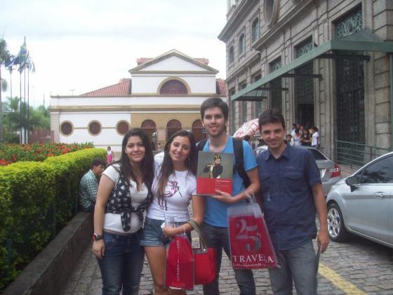 Camila, Marcela, Lucas e Renato