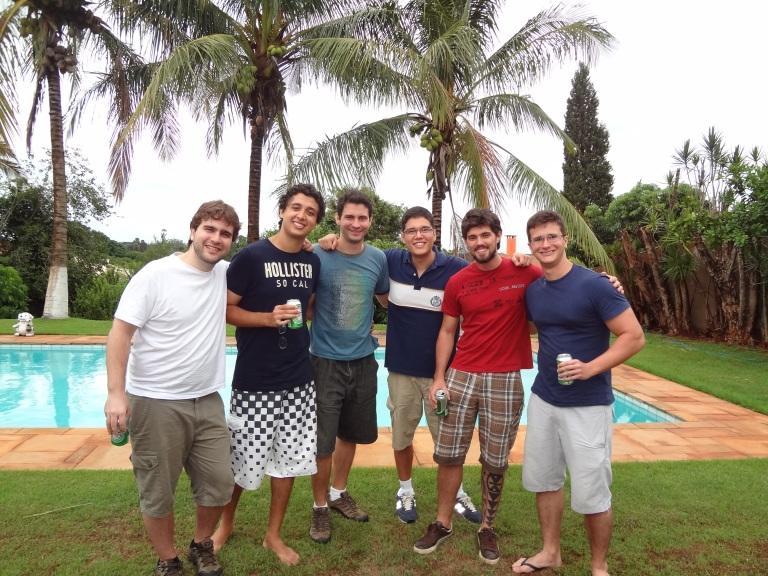 A equipe da Empreendemia. Da esquerda para direita: Luiz, Gabriel, Millor, Mauro, Lucas, Rafael