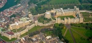 Com 900 anos de existência, o Castelo de Windsor é a maior e mais antiga residência real do planeta.