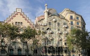 Fachada Casa Batlló. Fonte: commons.wikimedia.org