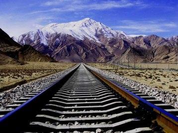 Ferrovia_Qinghai-Tibet_a_ferrovia_mais_alta_do_mundo