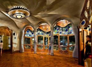 Interior da casa. Fonte: www.casabatllo.es