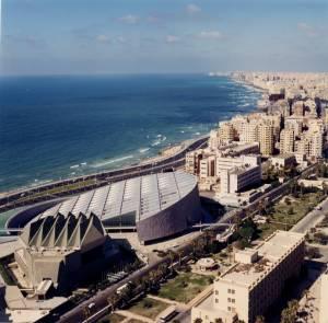 A nova Biblioteca de Alexandria. Fonte: snohetta.com