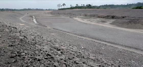 Canal que irá desviar águas do RI Xingu: com 20km de extensão é praticamente um rio artificial cortando a Amazônia