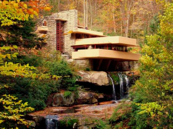 Frank-Lloyd-Wright-Falling-Water