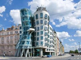 Image: 0012680810, License: Rights managed, Property Release: No or not aplicable, Model Release: No or not aplicable, Place: Dancing house, Rasin Embankment, New Town, Prague, Czech Republic, Credit line: Profimedia.cz, profimedia.com