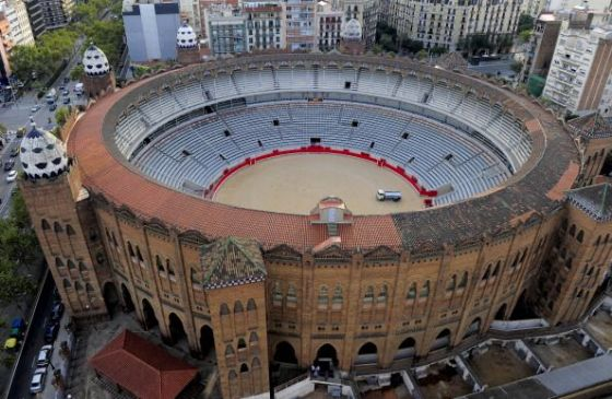 La-Monumental-bullfighting-arena-Barcelona