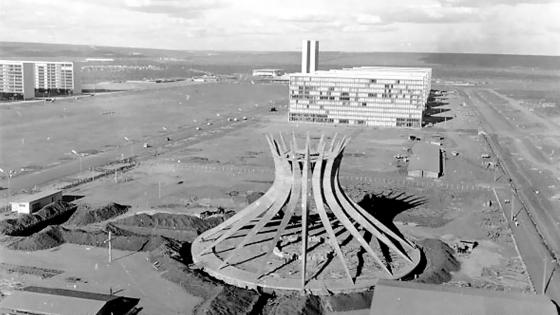 Catedral-Metropolitana-de-Brasília-9